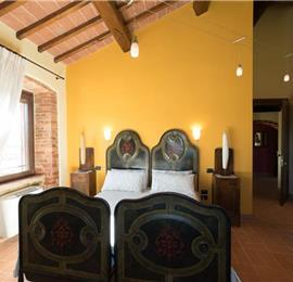 Villa Chiara - 3 Bedroom Villa with Pool near Panicale, Sleeps 6-8